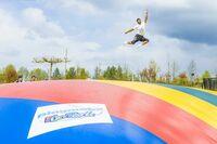 Riesen-Hüpfkissen und Trampoline sorgen für Spaß und Bewegung