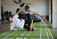 Funktionelles Training mit Fitnessbändern jetzt auch altersgerecht für Kinder und Jugendliche möglich