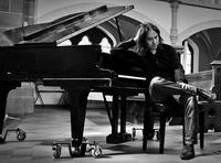 Marius Furche überzeugt am Klavier